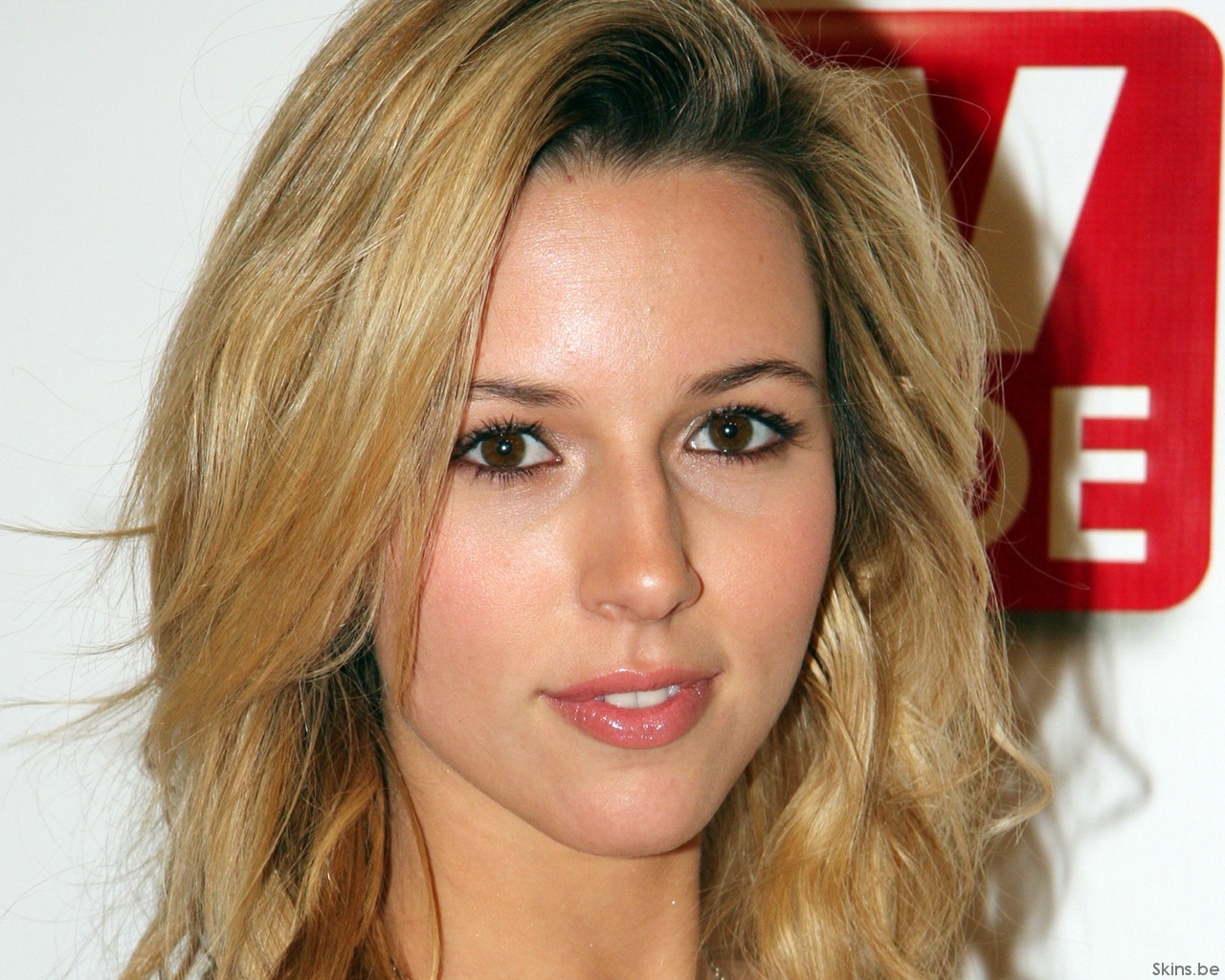 Alona Tal wallpaper (#33657)