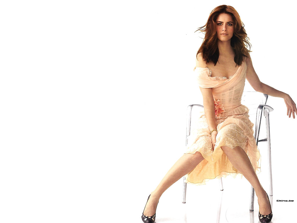 Amanda Peet wallpaper (#21886)