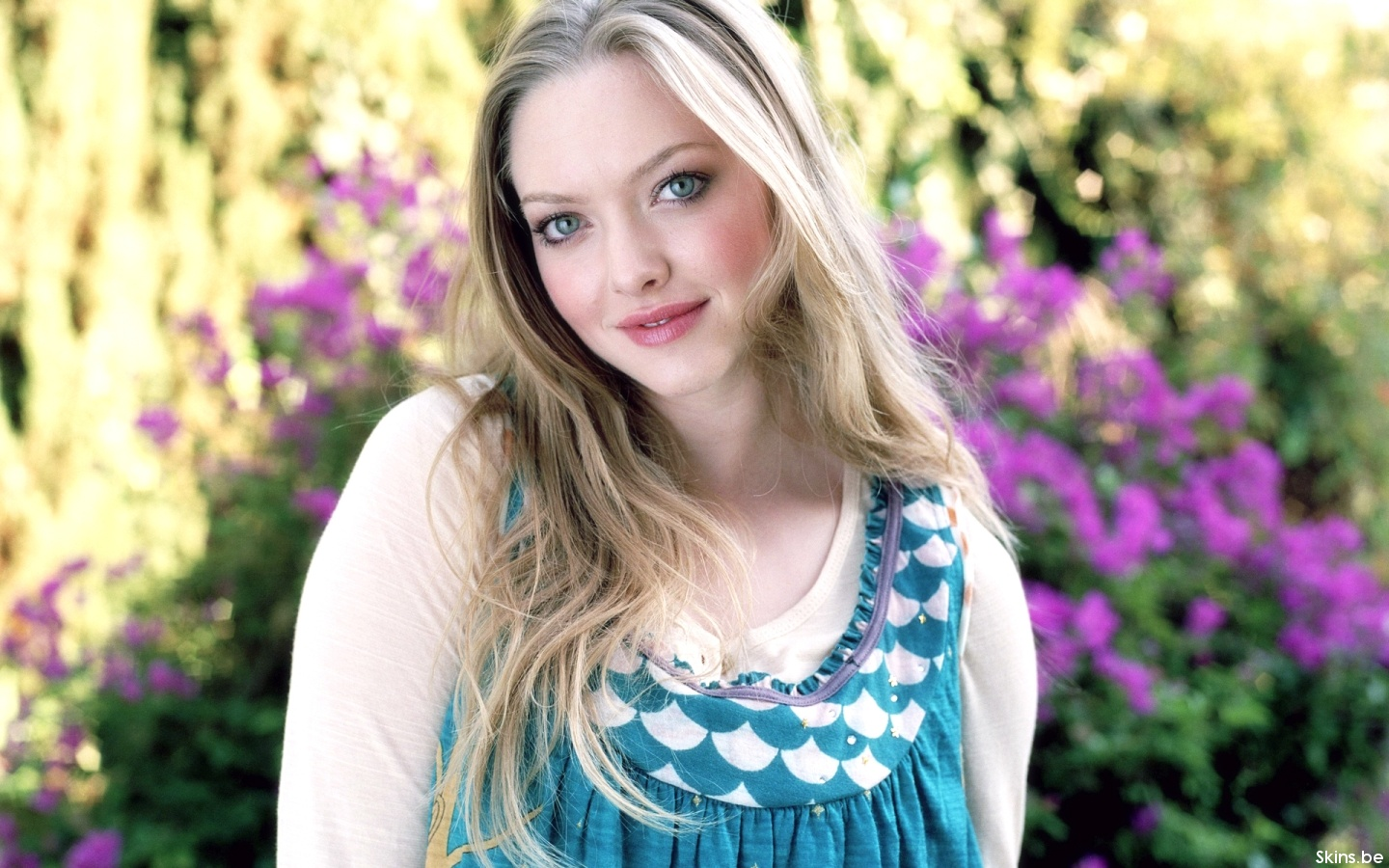 Amanda Seyfried wallpaper (#36412)