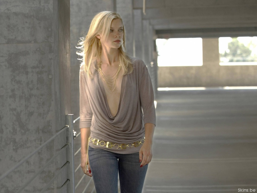 Amy Smart wallpaper (#41222)