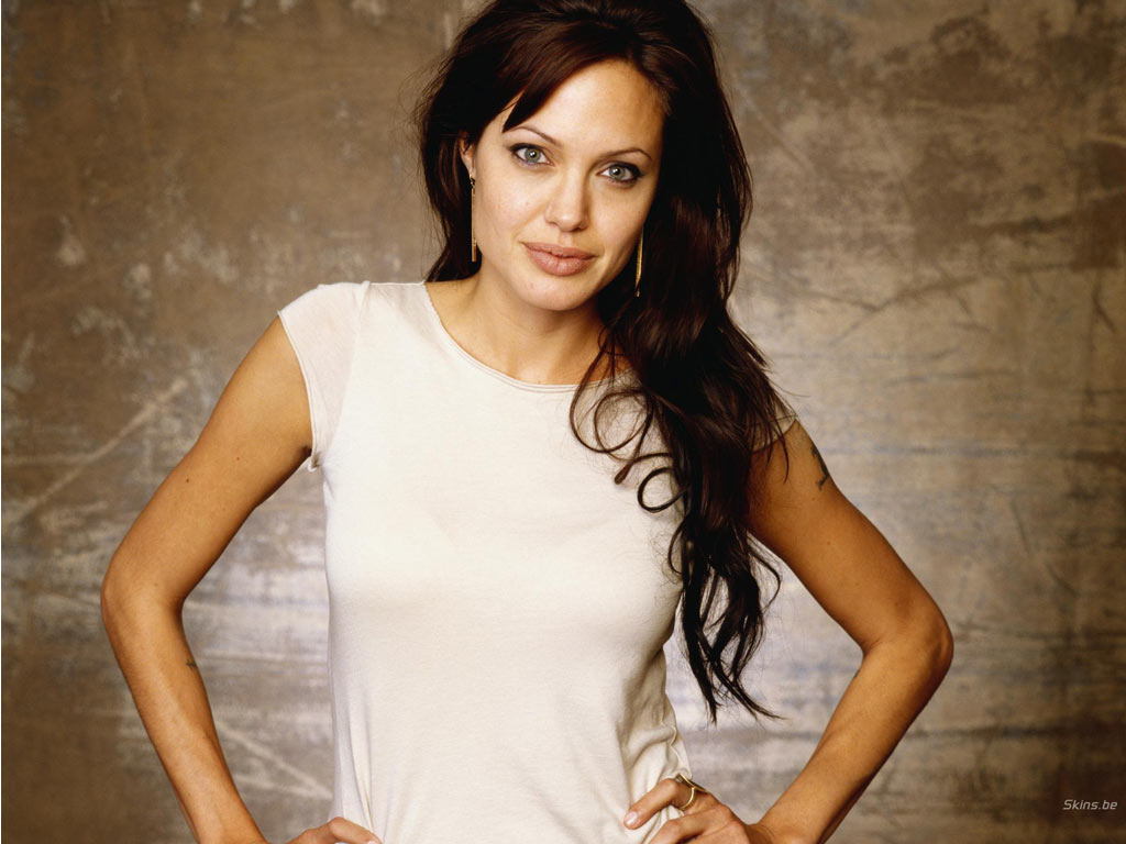 Angelina Jolie wallpaper (#19589)