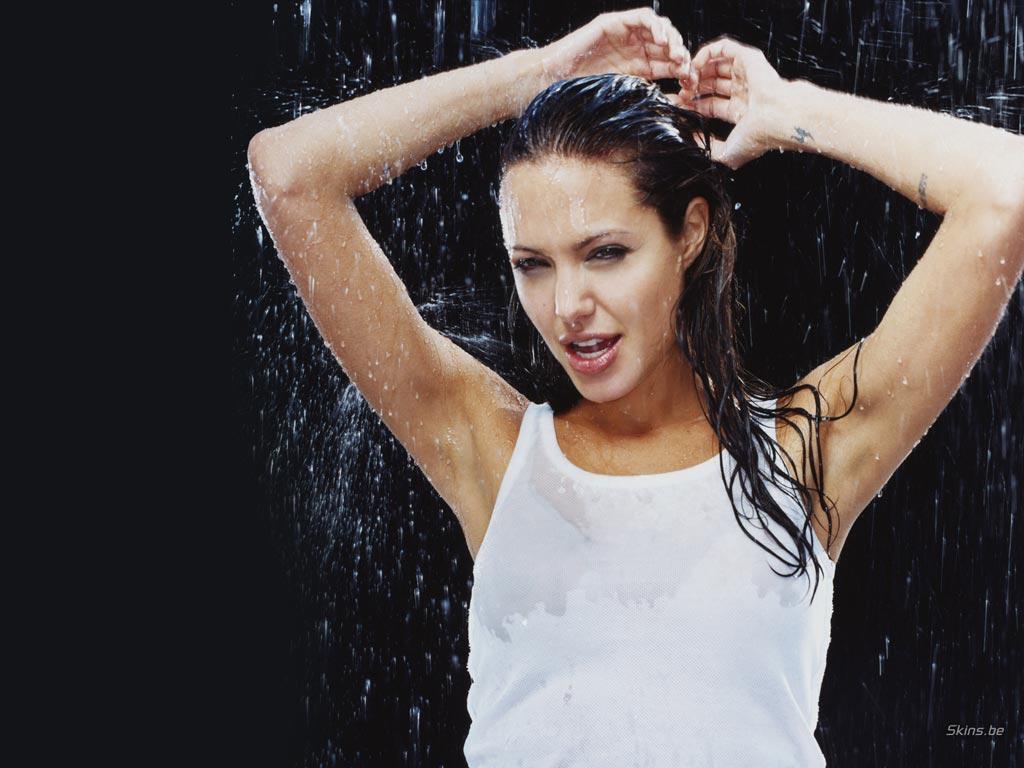 Angelina Jolie wallpaper (#20122)