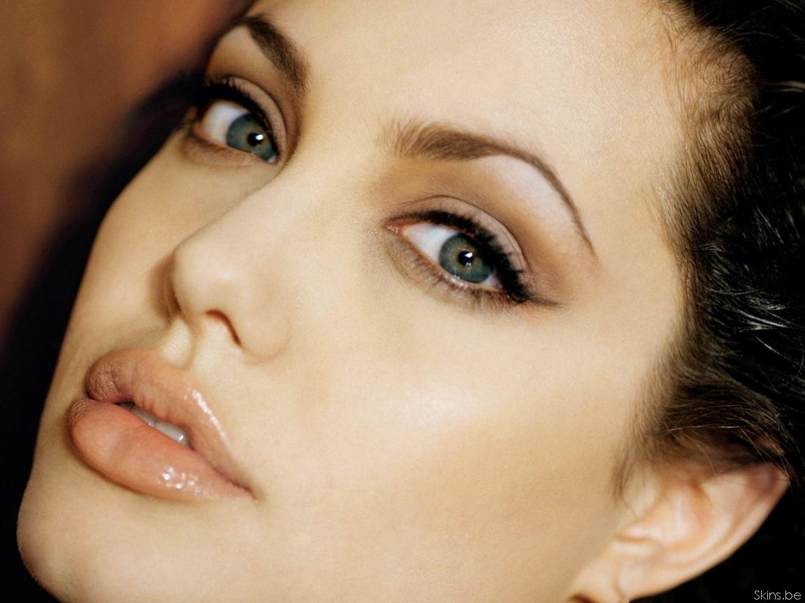 Angelina Jolie wallpaper (#31750)