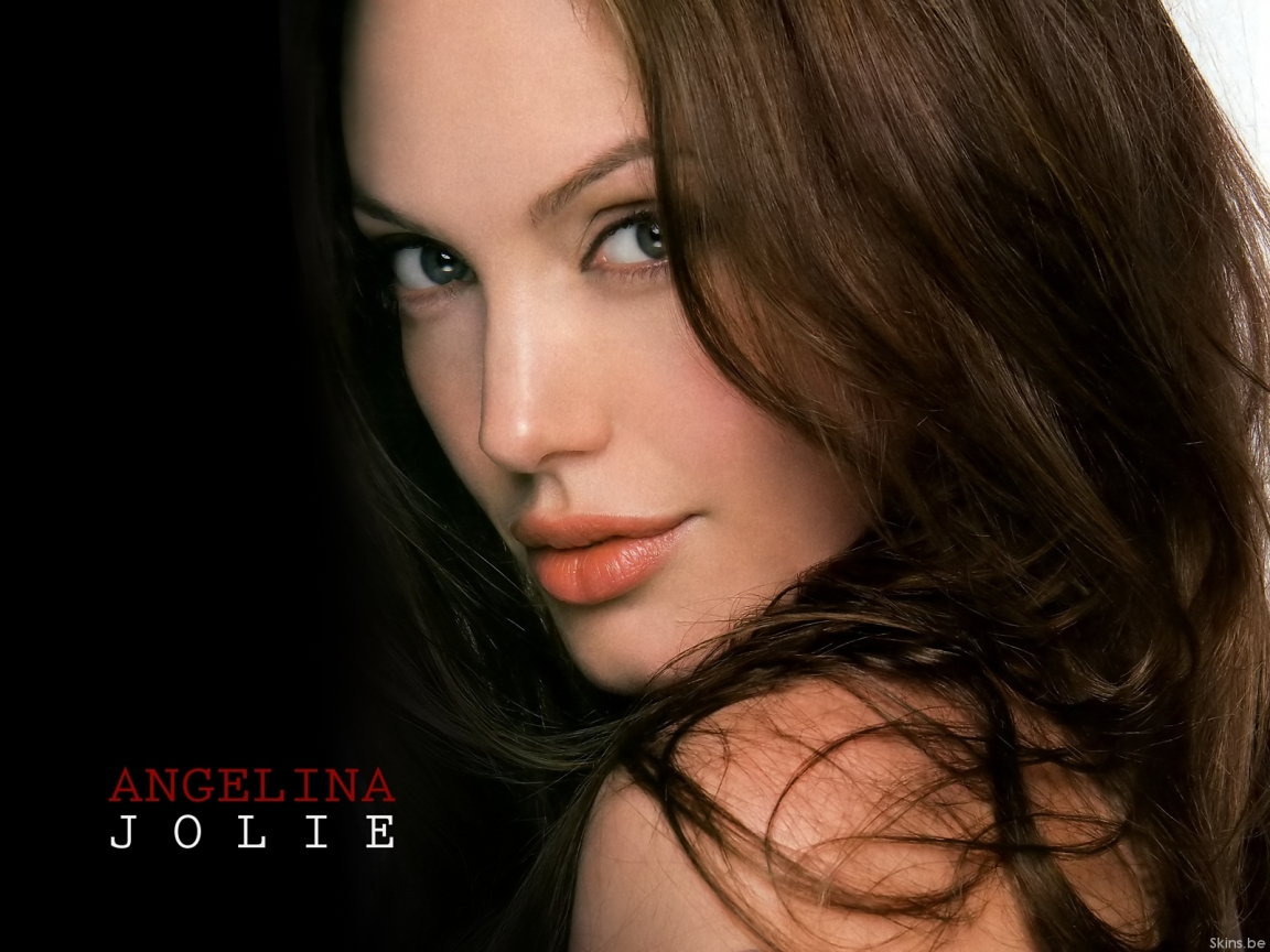 Angelina Jolie wallpaper (#39110)