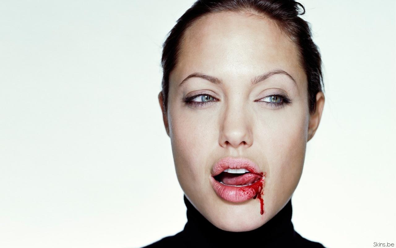 Angelina Jolie wallpaper (#31748)
