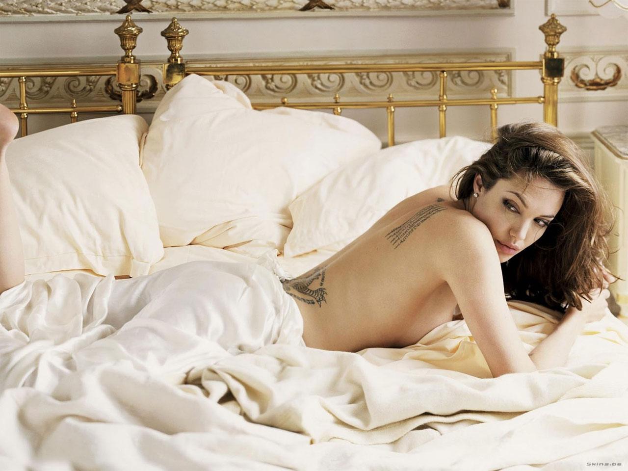 Angelina Jolie wallpaper (#24863)