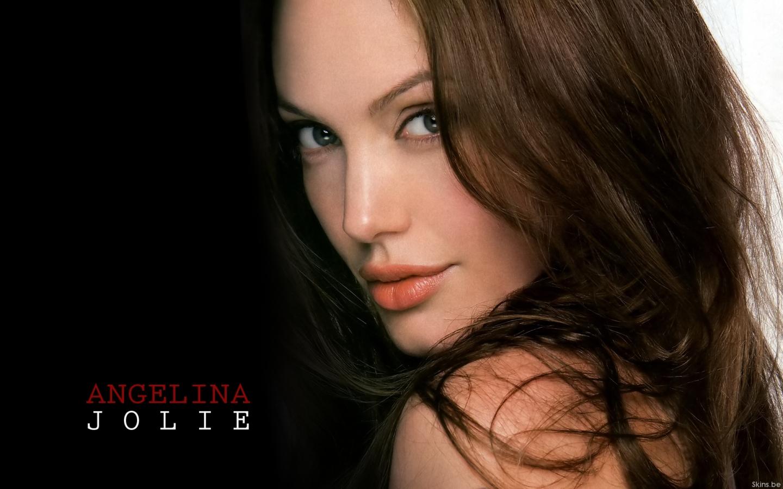 Angelina Jolie wallpaper (#39110)