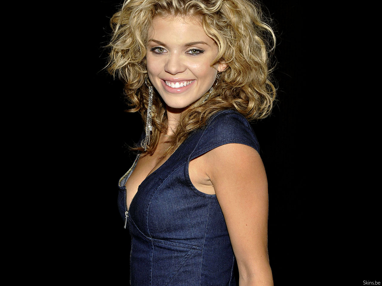 AnnaLynne McCord wallpaper (#35920)