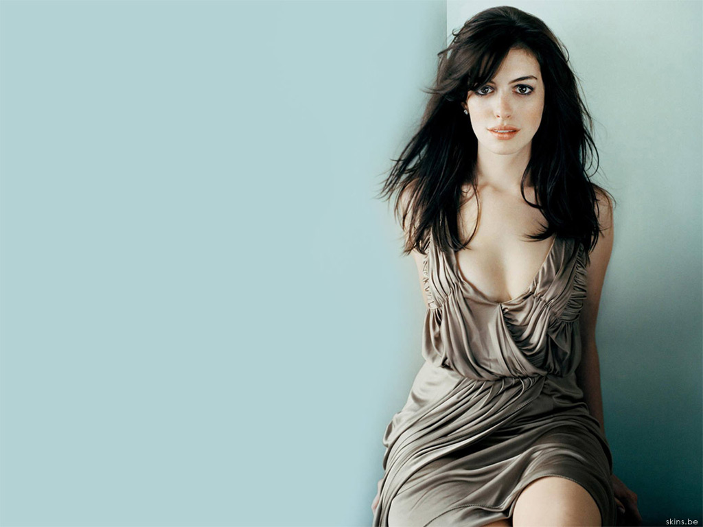 Anne Hathaway wallpaper (#27009)