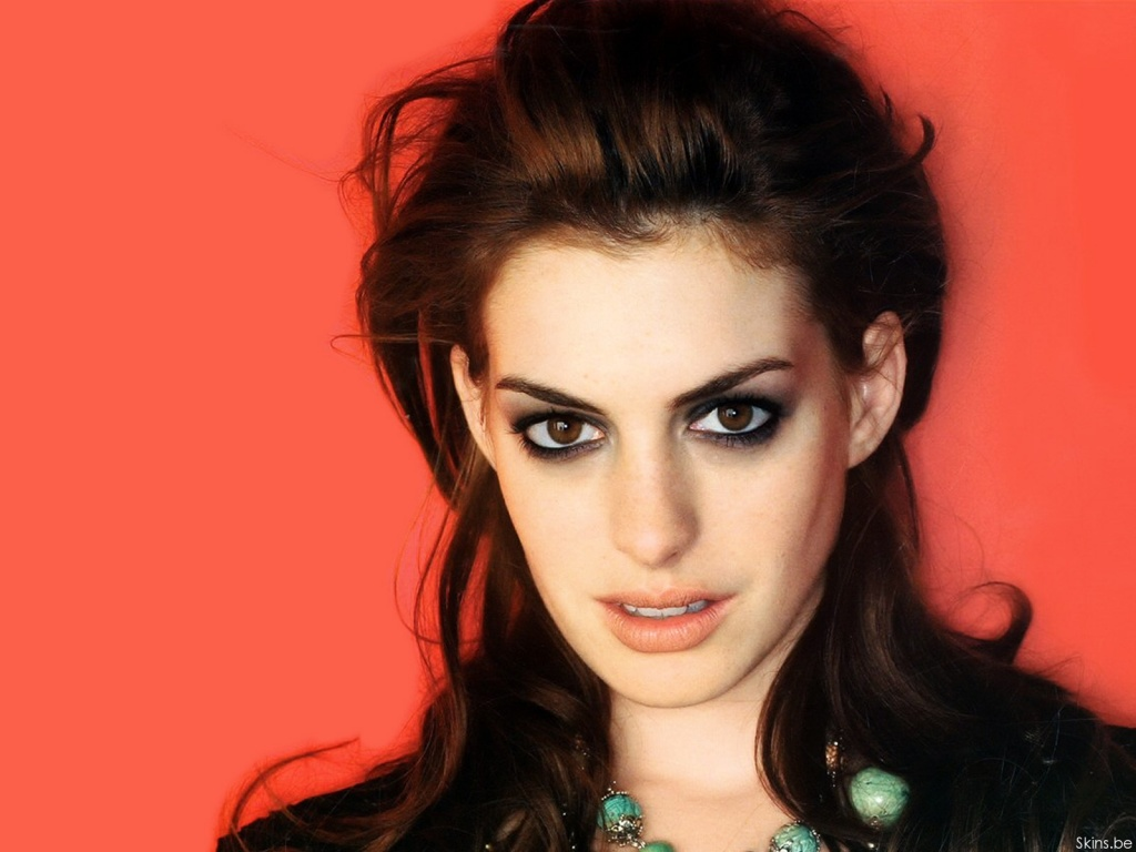 Anne Hathaway wallpaper (#29970)