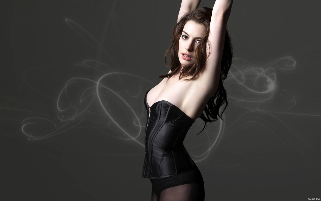 Anne Hathaway wallpaper (#38001)