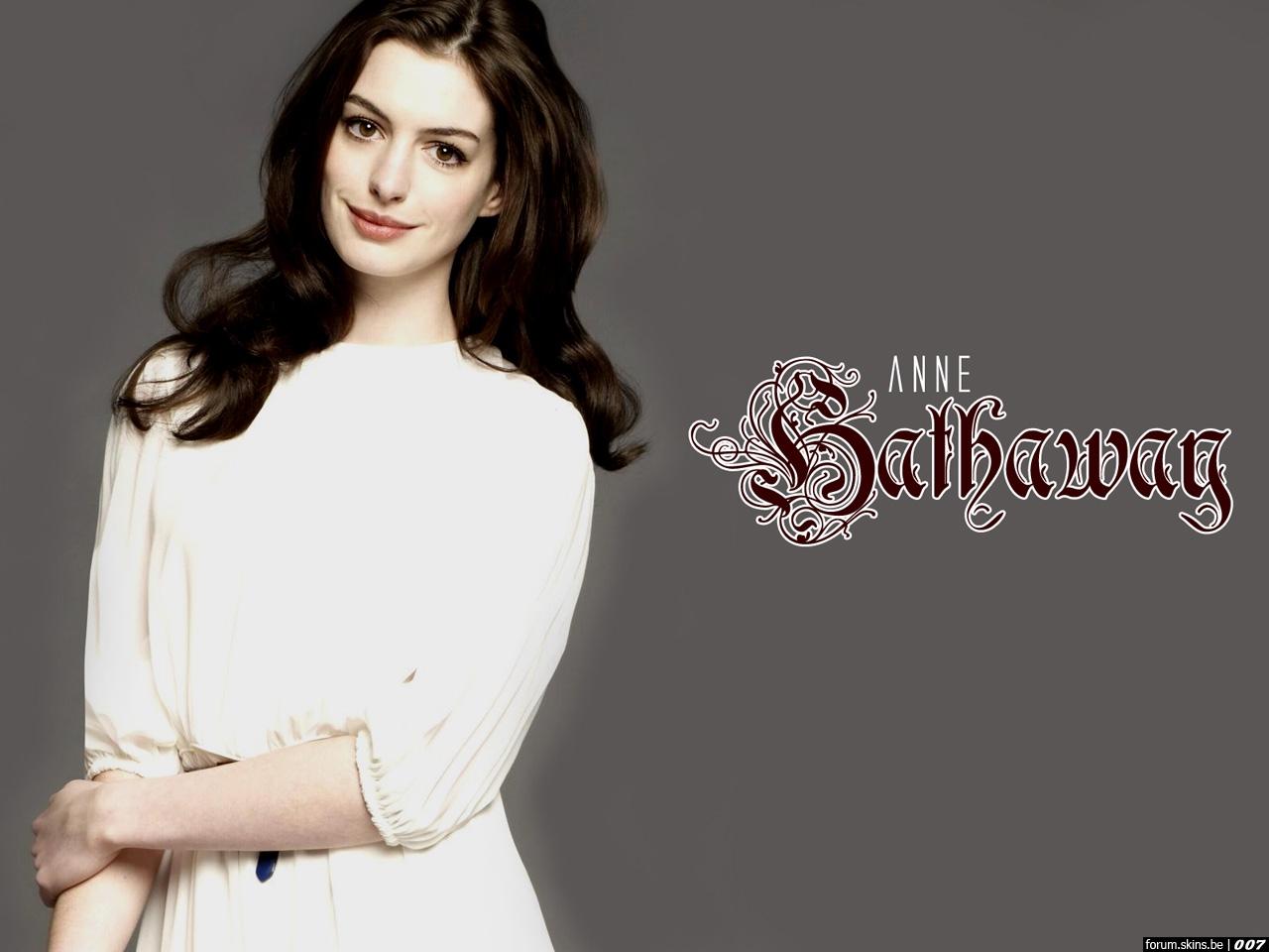 Anne Hathaway wallpaper (#31271)