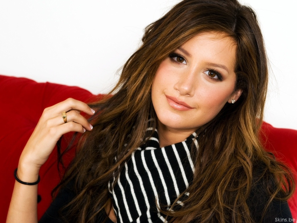 Ashley Tisdale wallpaper (#35077)