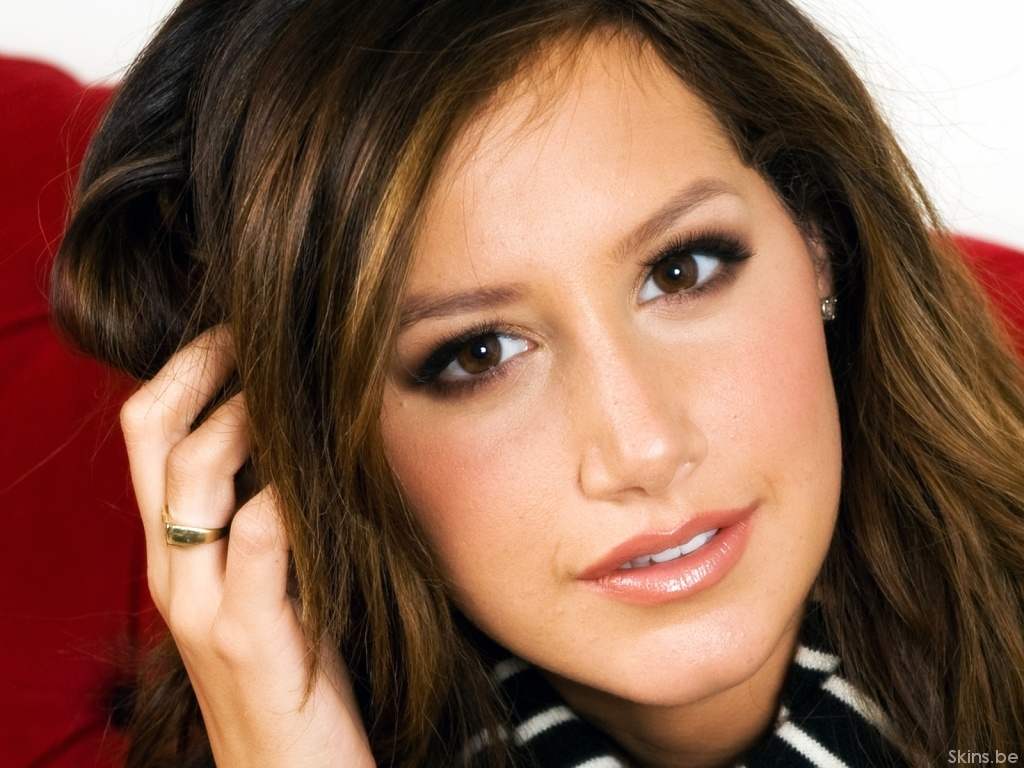 Ashley Tisdale wallpaper (#35078)