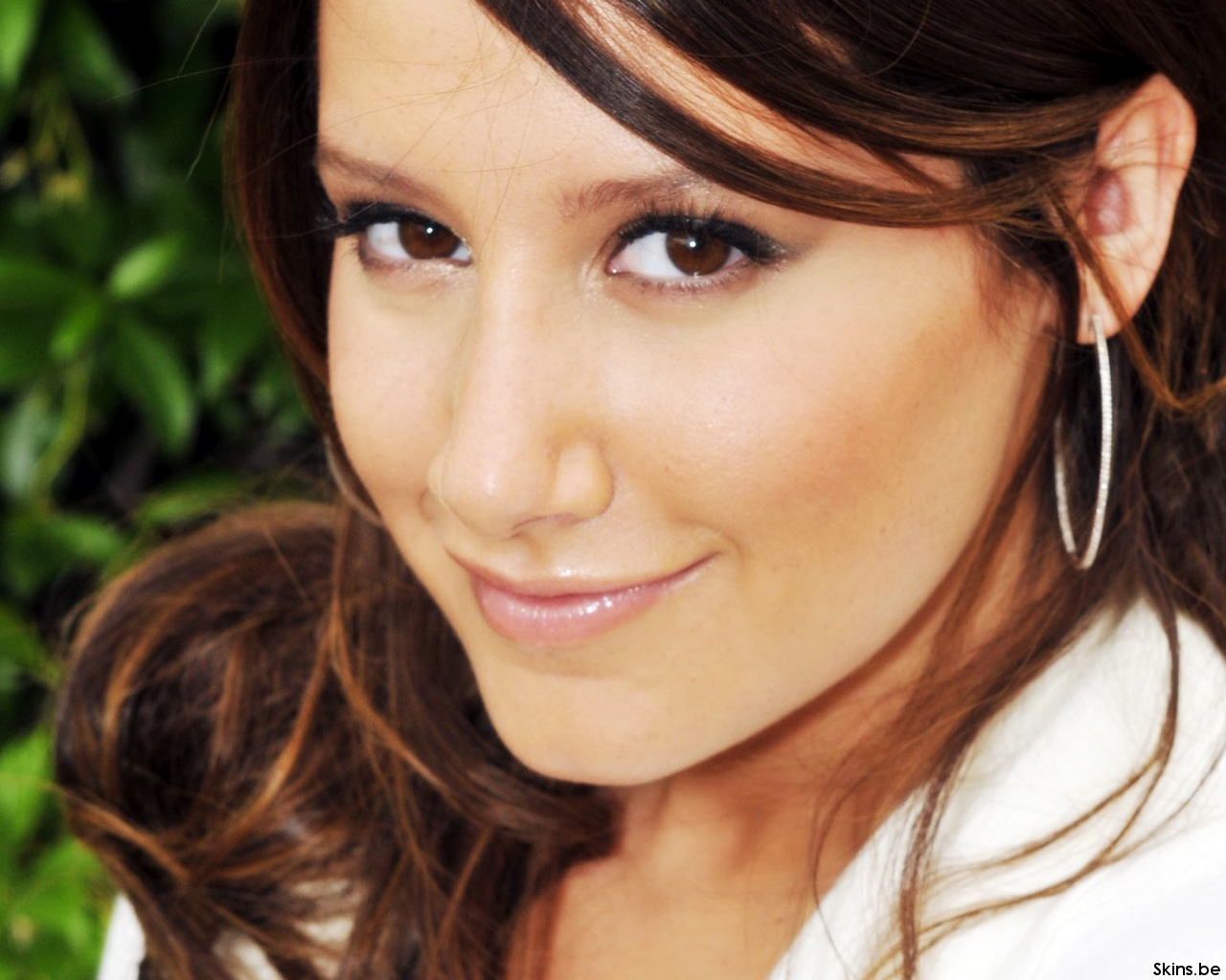 Ashley Tisdale wallpaper (#35587)