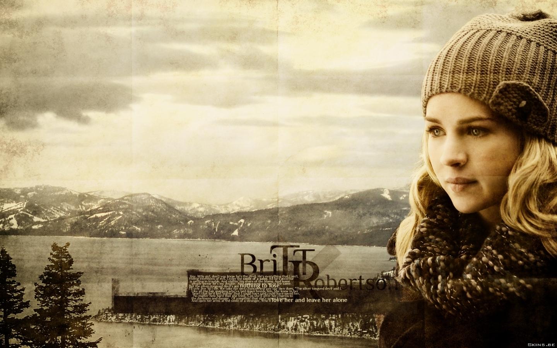 Britt Robertson wallpaper (#40609)