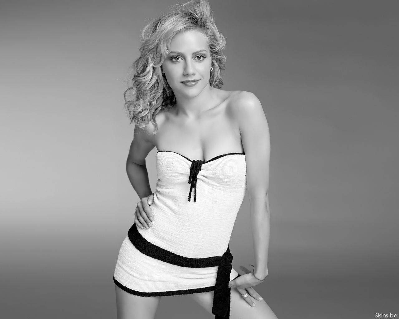 Brittany Murphy wallpaper (#33471)