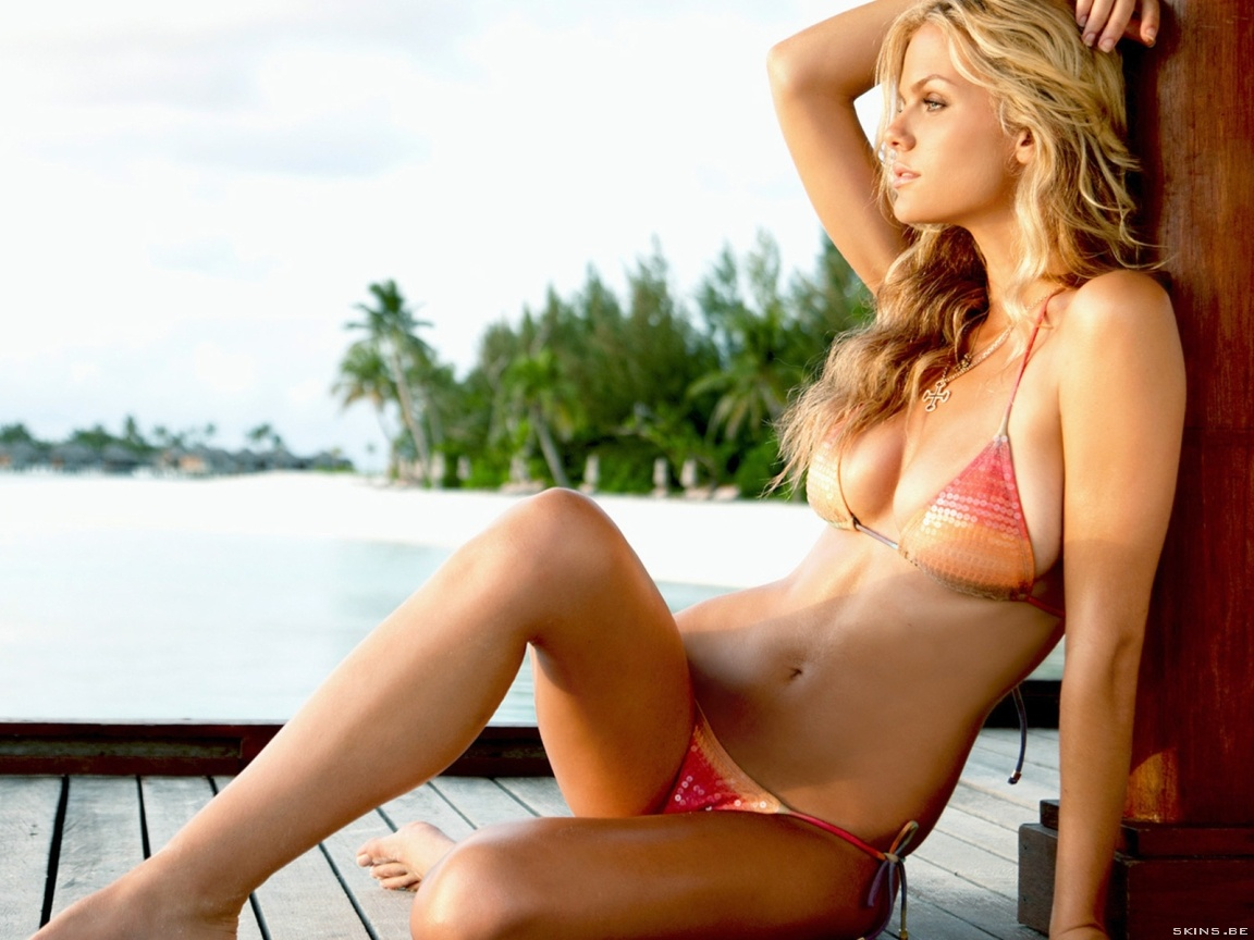 Brooklyn Decker wallpaper (#40125)