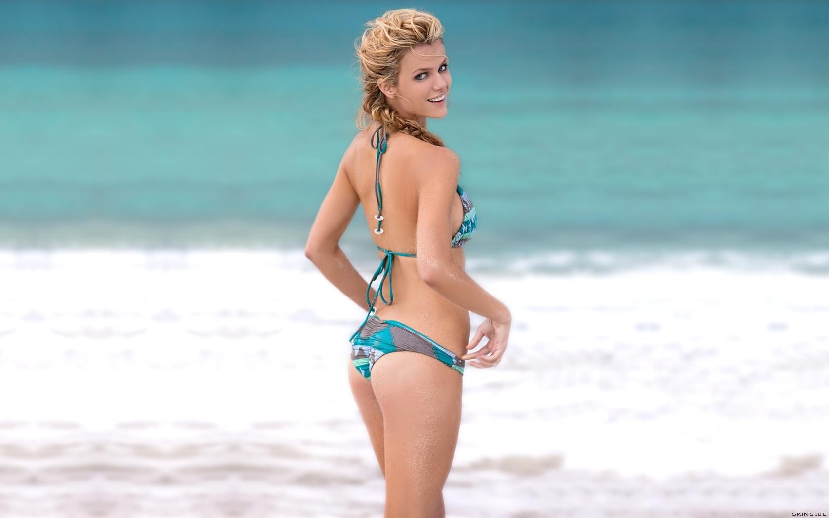 Britney spears in shower nude