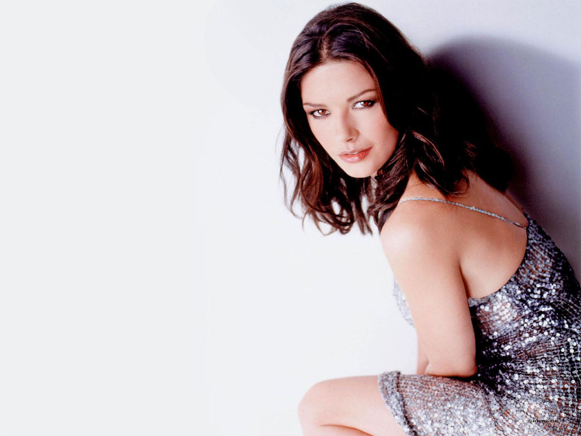 Catherine Zeta Jones wallpaper (#22996)