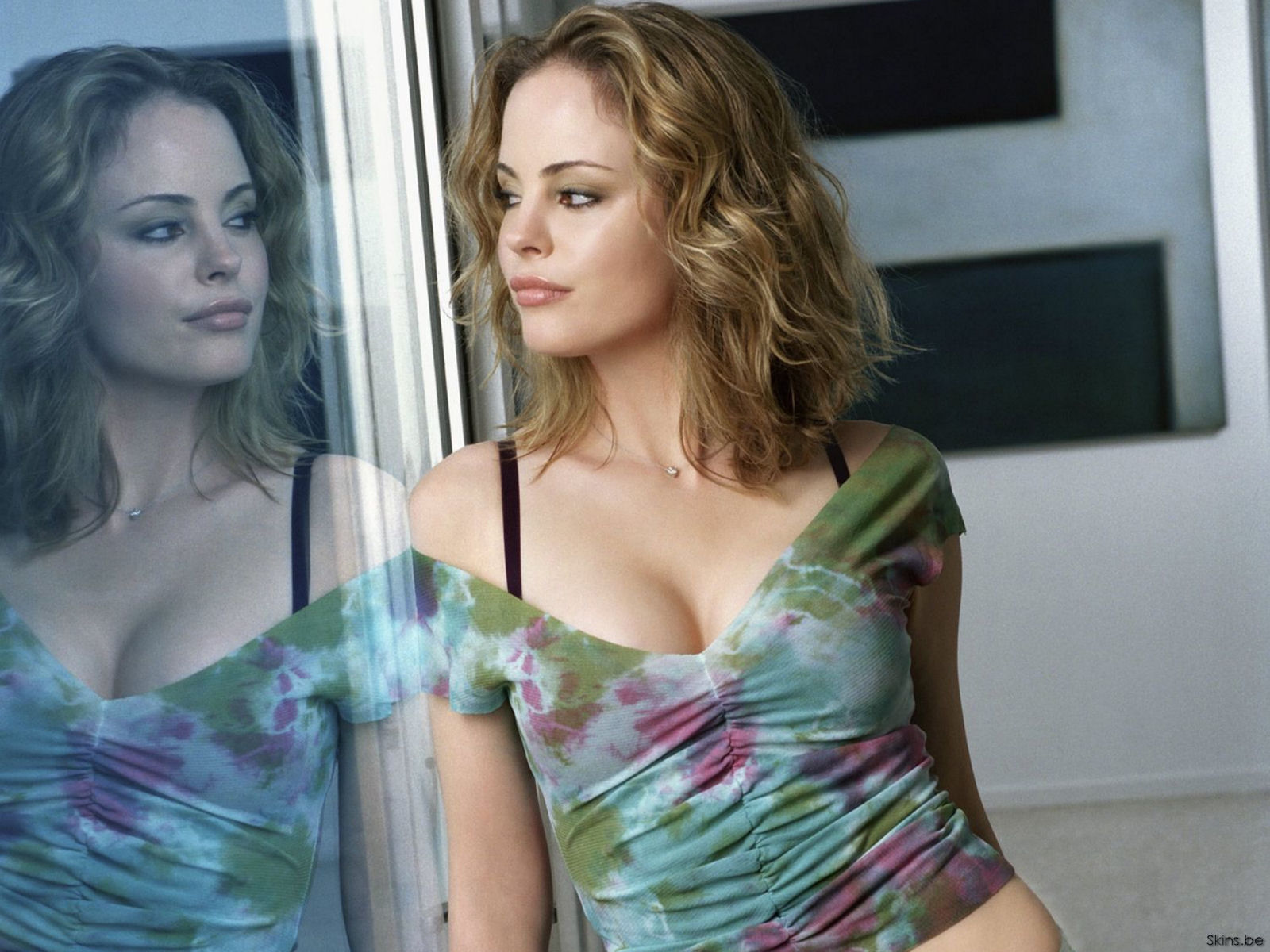 Chandra West wallpaper (#26970)