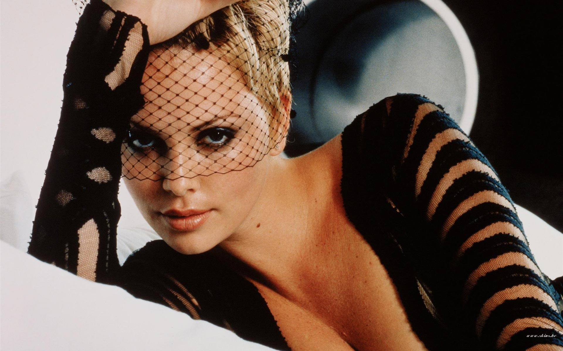 Charlize Theron wallpaper (#21587)