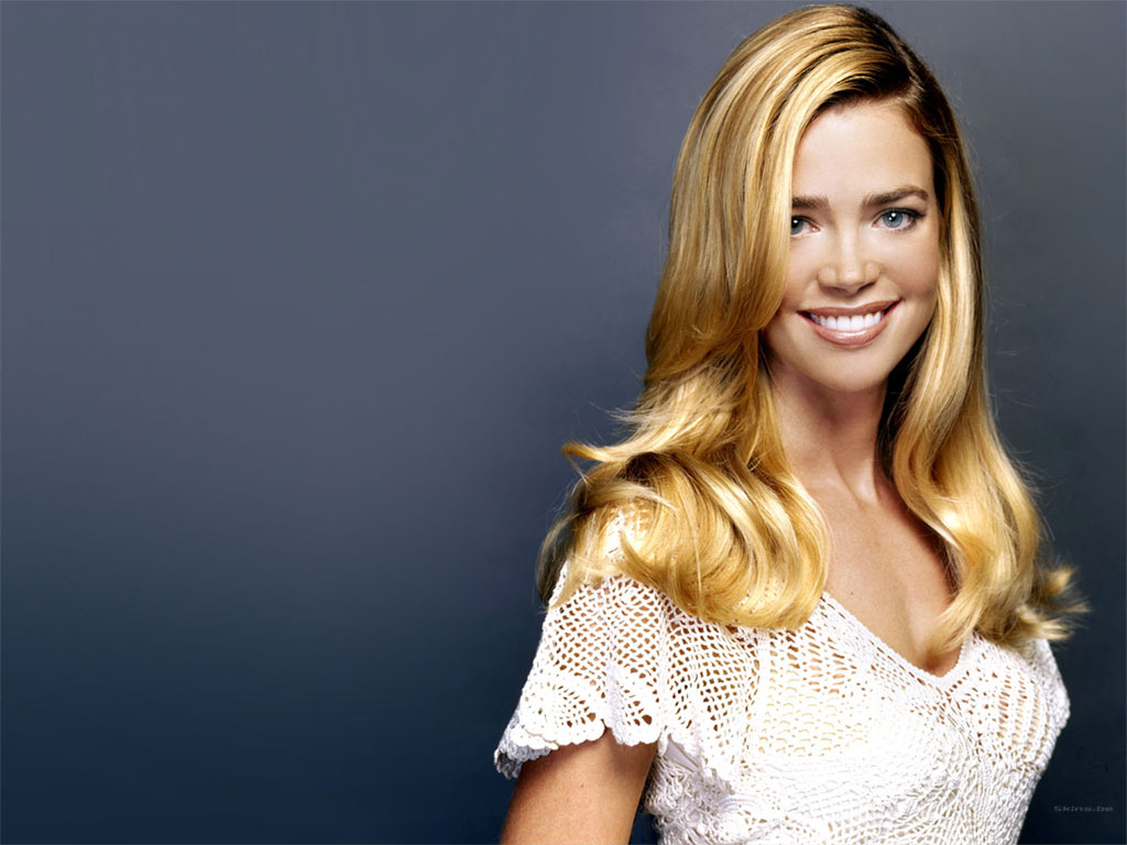 denise richards 1920x1200 wallpapers - photo #15