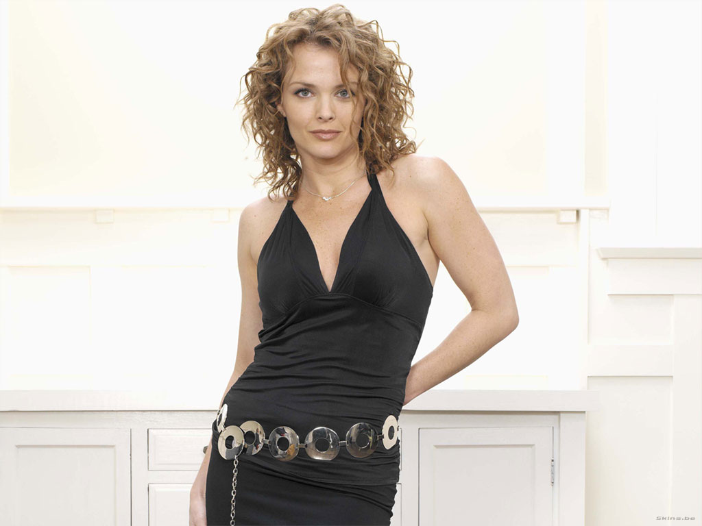 Dina Meyer wallpaper (#23856)