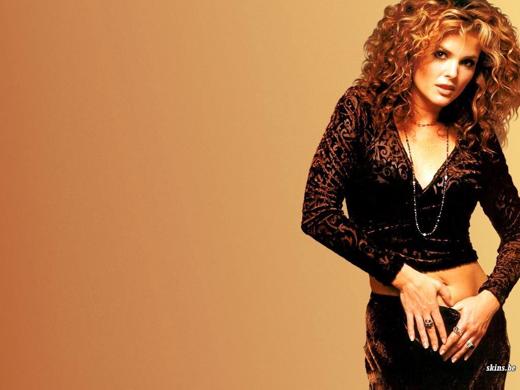 Dina Meyer wallpaper (#4465)