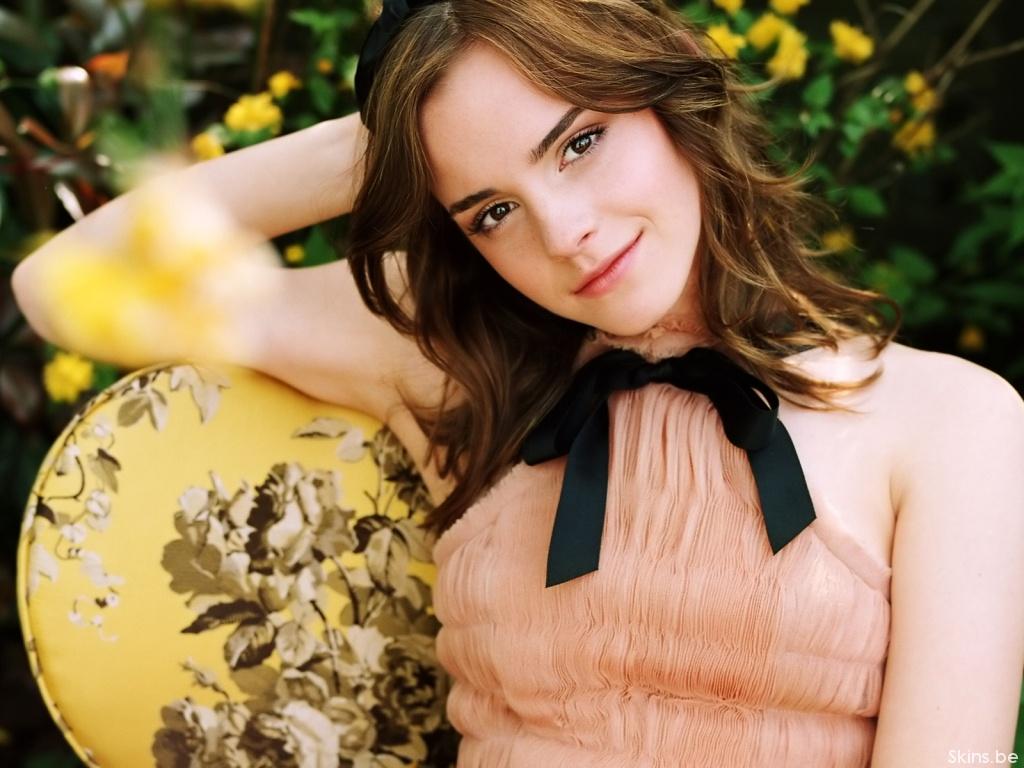 Emma Watson wallpaper (#33413)