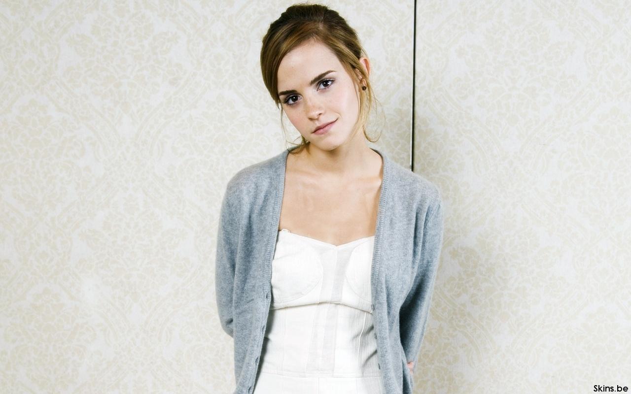 Emma Watson wallpaper (#36000)