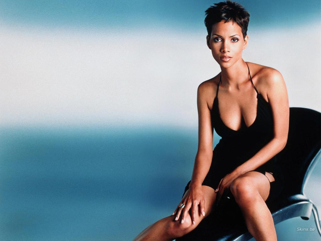 Halle Berry wallpaper (#20278)