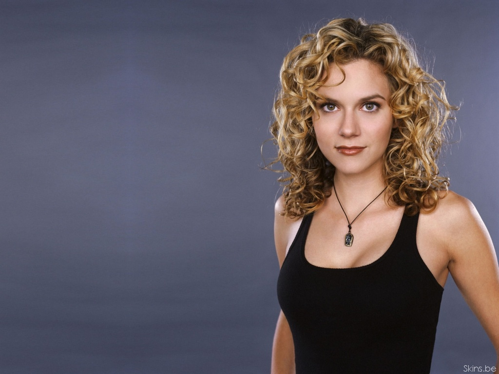 This Hilarie Burton Wallpaper (#32103) was scaled down in order to fit your ...