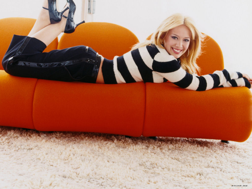 Hilary Duff wallpaper (#25933)