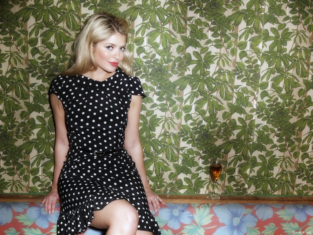 Holly Willoughby wallpaper (#37828)