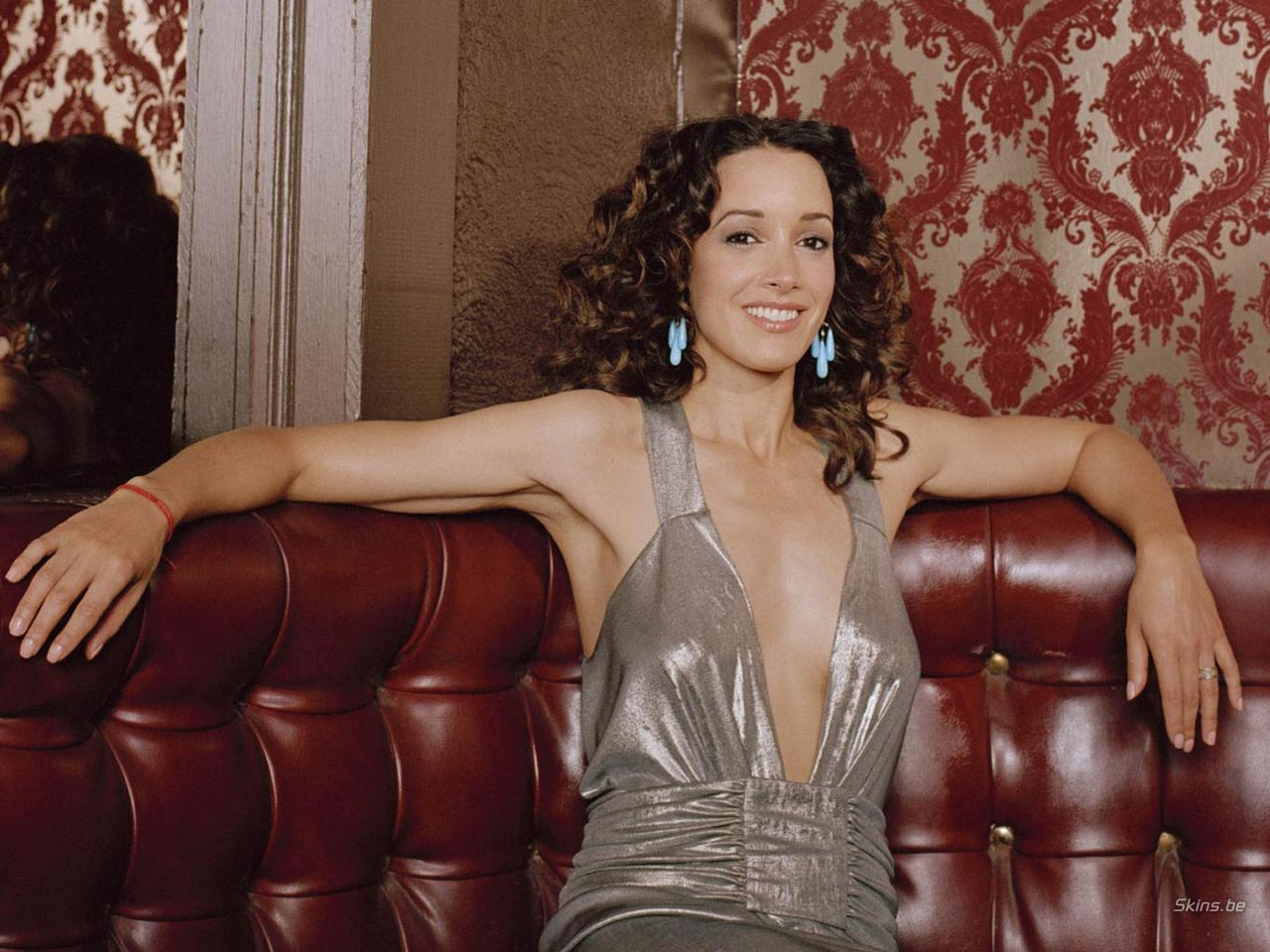 Jennifer Beals wallpaper (#20267)