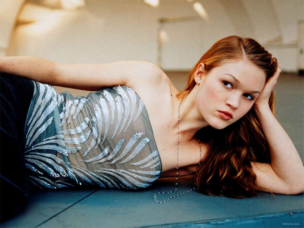 Julia Stiles wallpaper (#23304)