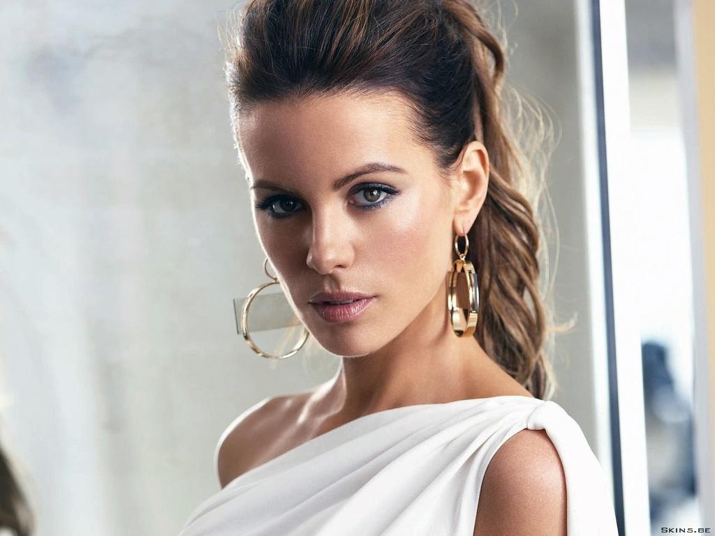 Kate Beckinsale desktop wallpaper free download in widescreen & hd