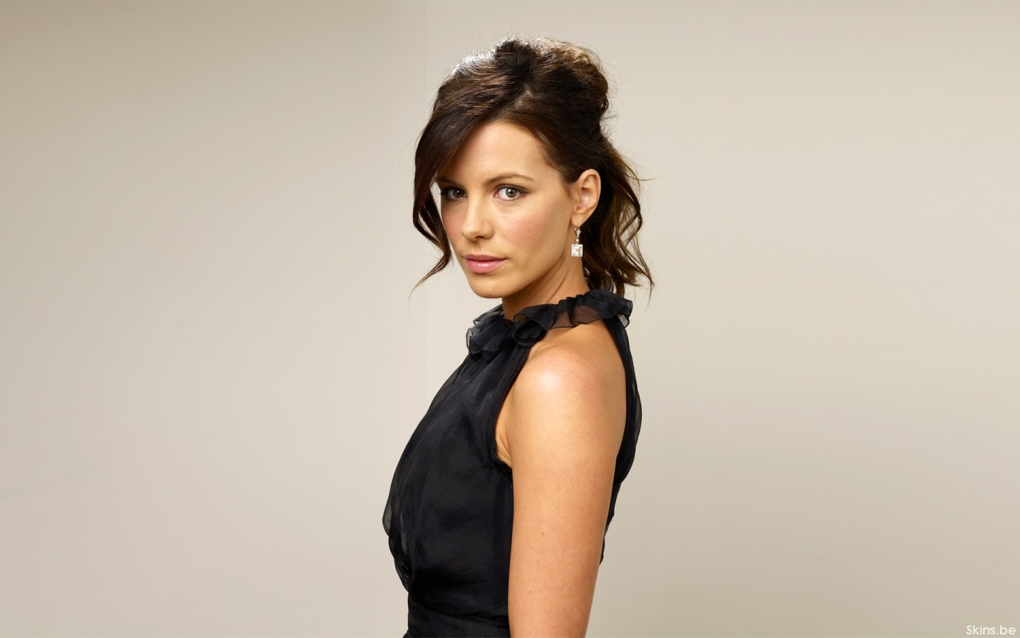 Kate Beckinsale wallpaper (#32642)