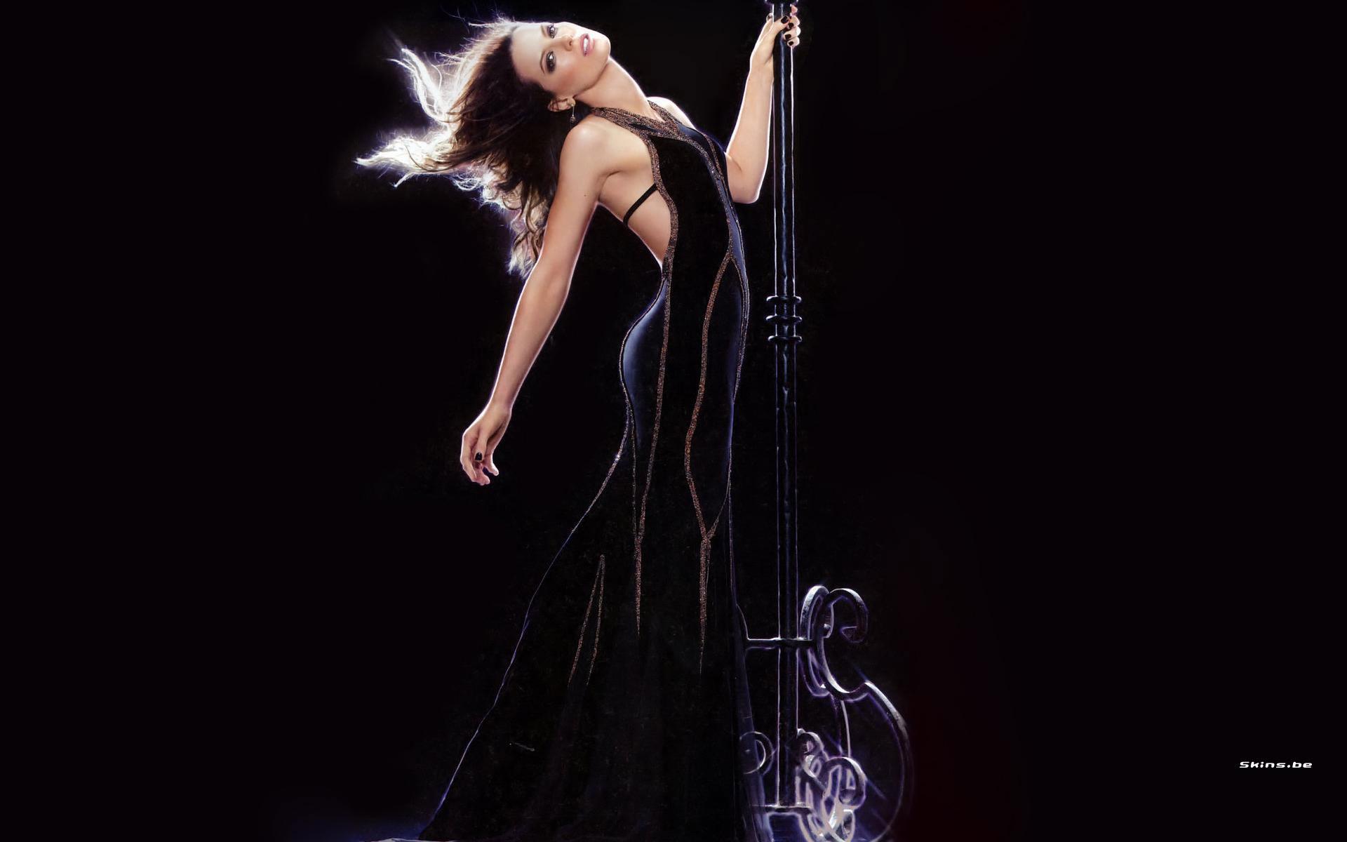 Kate Beckinsale wallpaper (#22445)