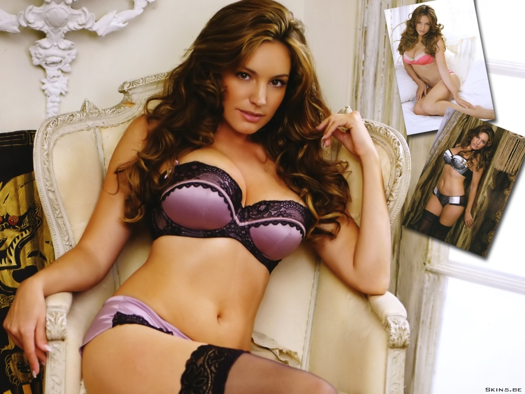Kelly Brook wallpaper (#40694)