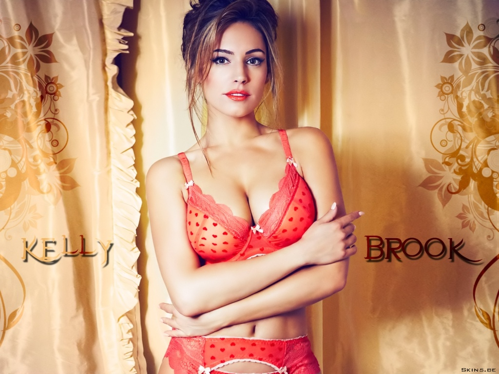 Kelly Brook wallpaper (#40878)