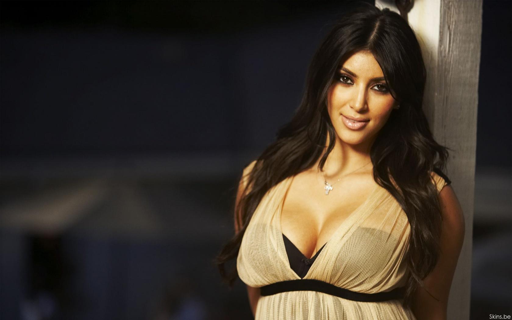 Kim Kardashian wallpaper (#30682)