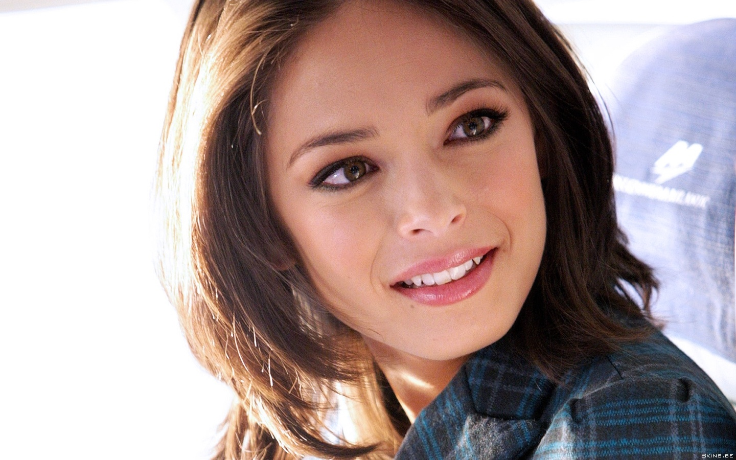 Kristin Kreuk wallpaper (#38628)
