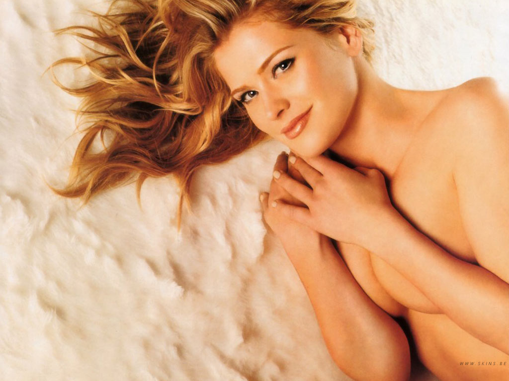 This Kristy Swanson Wallpaper (#5764) was scaled down in order to fit your ...
