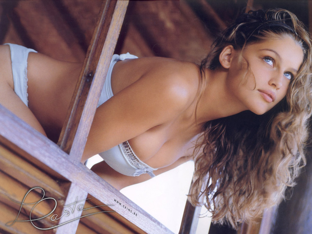 Laetitia Casta wallpaper (#2508)