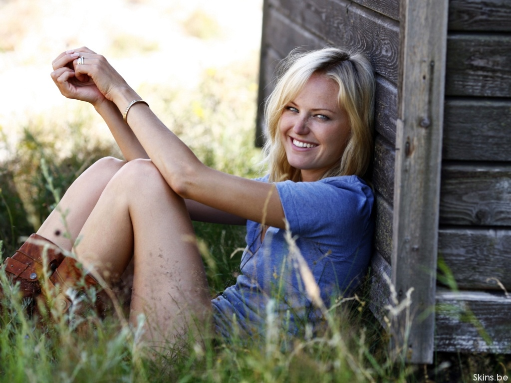 Malin Akerman wallpaper (#35370)