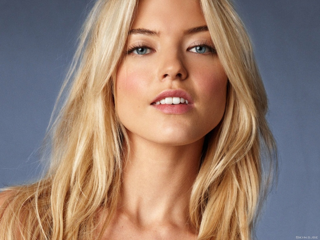 Martha Hunt wallpaper (#40919)