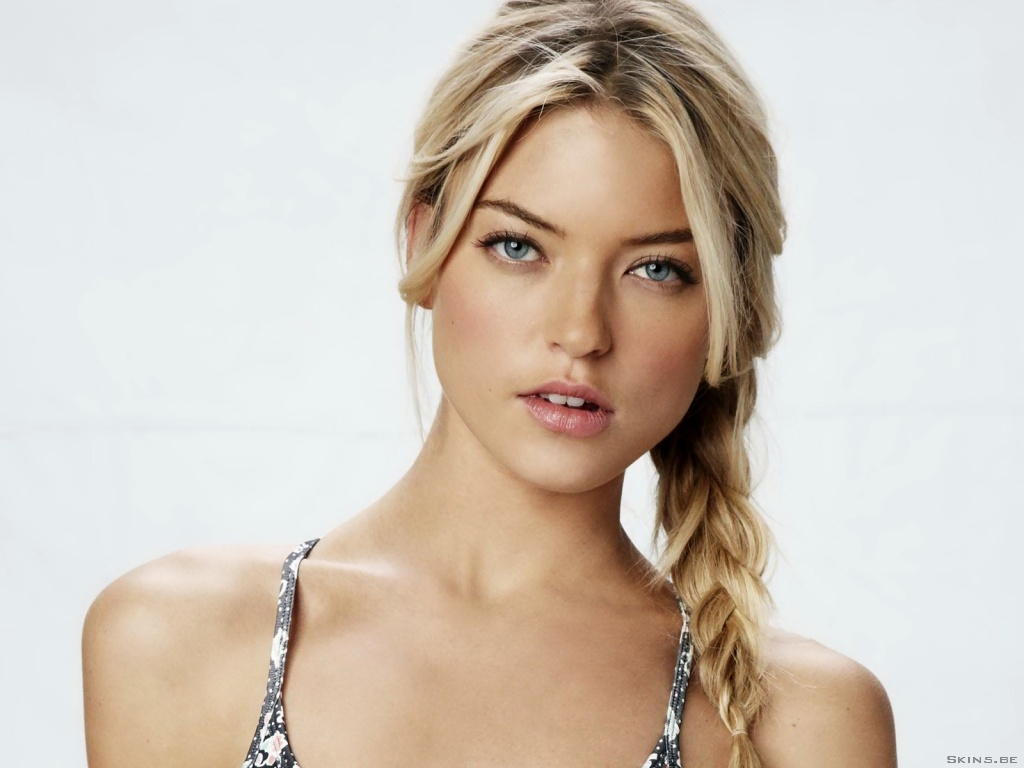 Martha Hunt wallpaper (#40922)