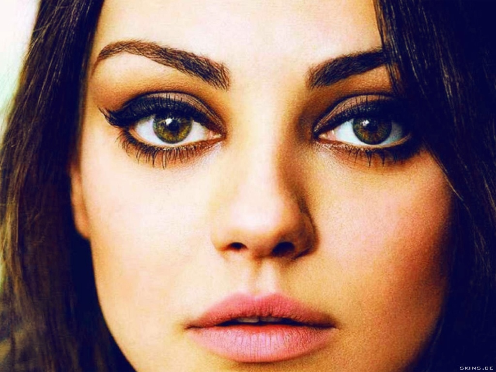 Mila Kunis wallpaper (#40485)
